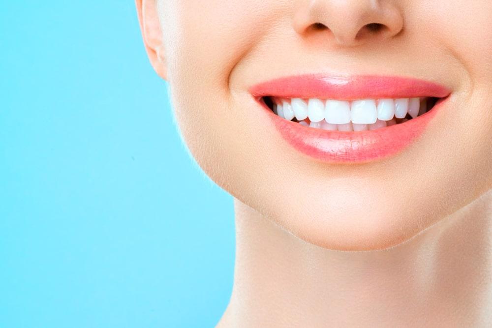 Teeth whitening dental clinic in Medicine Hat